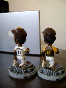 Dave Winfield Home/Away Bobbleheads (Back)